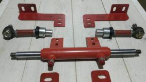 рулевой гидроцилиндр трактора