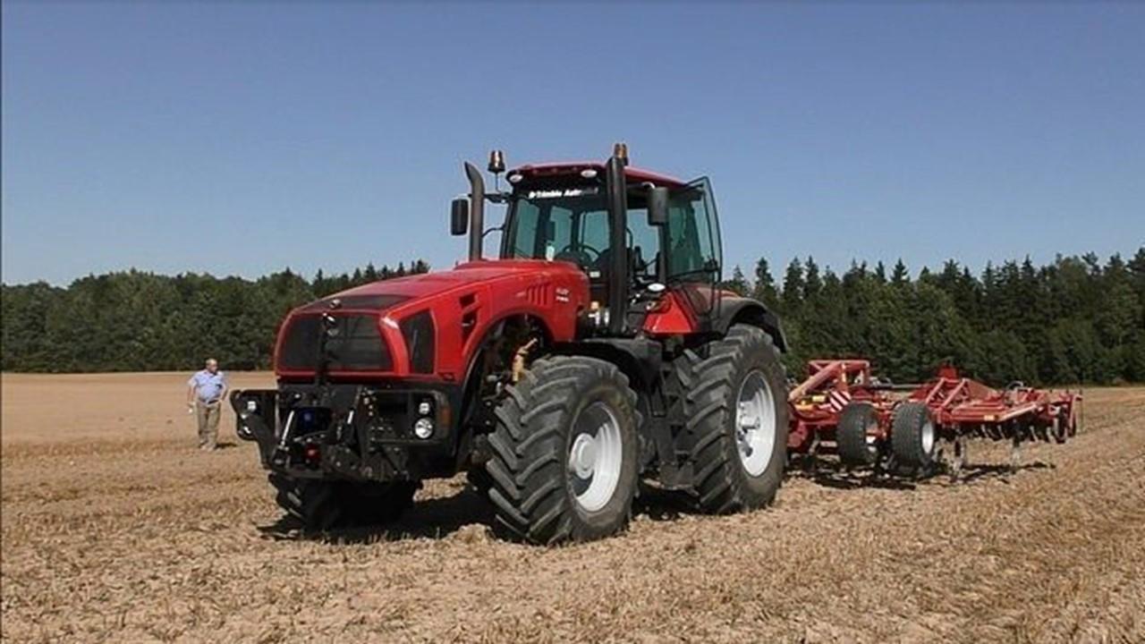 Трактор Беларус 8-го тягового класса