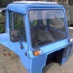 Кабина старого трактора Беларус